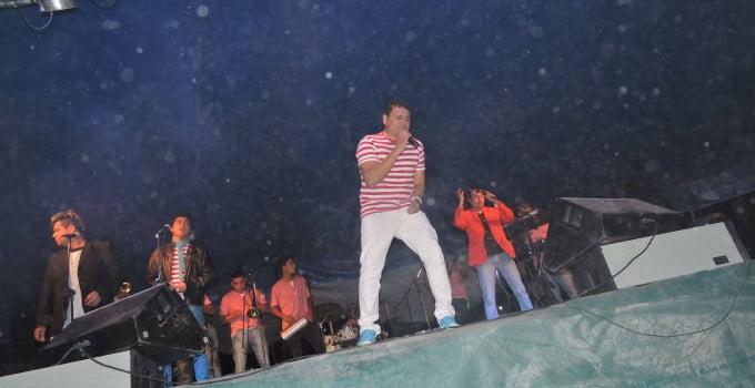 La Banda al Rojo Vivo en Playas Doradas